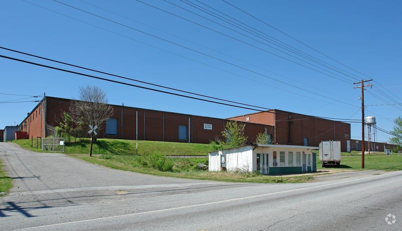 2424 Norwood Street, Lenoir NC 28645 Unit 200