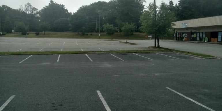 2806 - parking lot