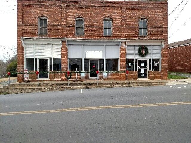 1538,1540,1542 Main Street, Ramseur NC 27316