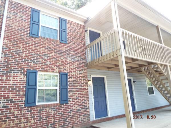 Royal Oaks Apartments  – 519 Hamlin St, Unit N,  Asheboro