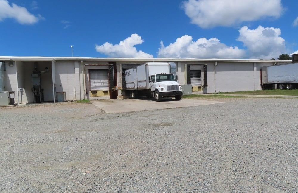 Dock plant 16 exterior