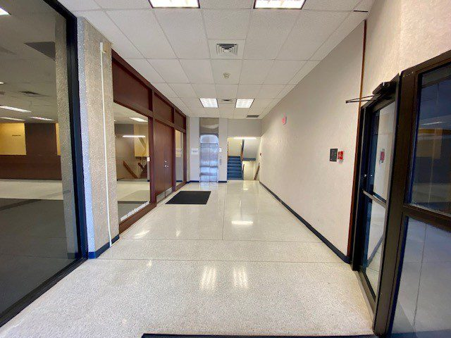 15 S. Fayetteville - first floor common 2