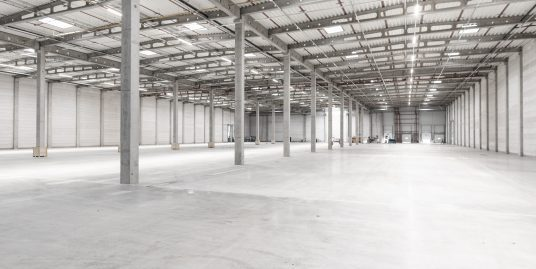 Large Industrial Rental With a Lot of Space